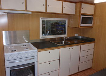 2-bedroom-plus-kitchen-caravan